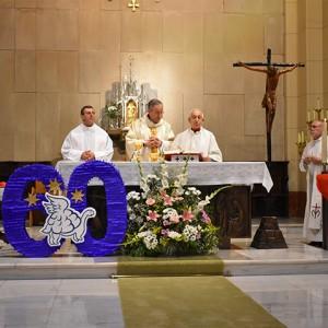 Celebramos nuestro 60 cumpleaños con las Hijas de la Caridad y el cardenal Óscar Andrés Rodríguez de Maradiaga